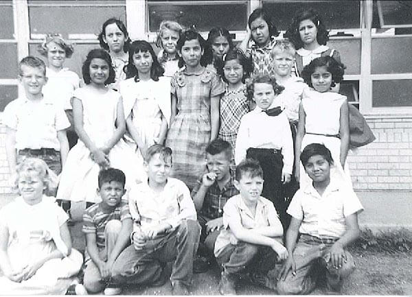 Aleman's mother's third grade class