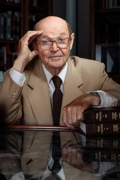 Leopold estimates he has touched the lives of about 10,000 law students over the years.