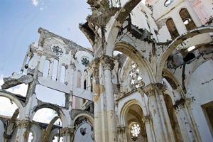 Photo of a crumbling Haitian cathedral