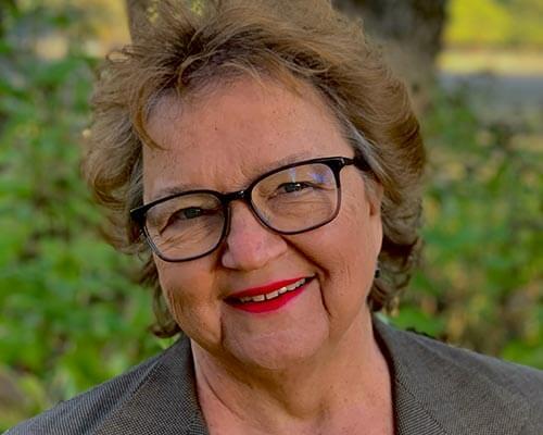 Joann Gawlik headshot