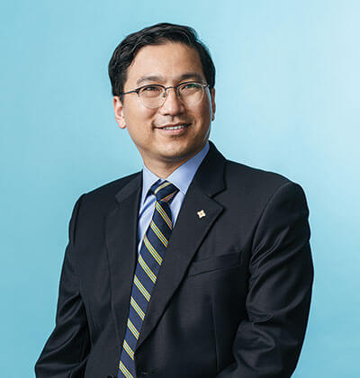 Seongbae Lim, Ph.D., Big Solve cover shoot, Gold & Blue